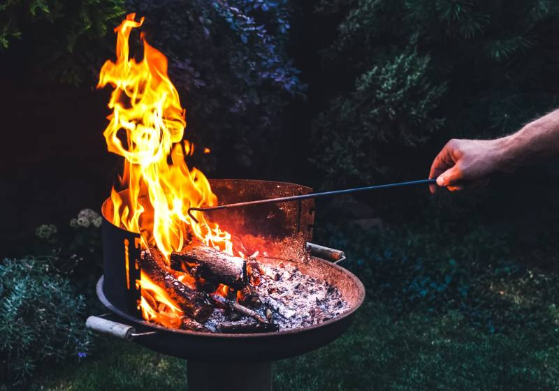 flaming-grill-open-fire-ready-product   grilling