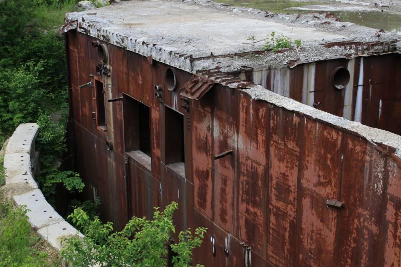 Incredible Cold War era building. 60 meter underground shelter-Survival Skill sets
